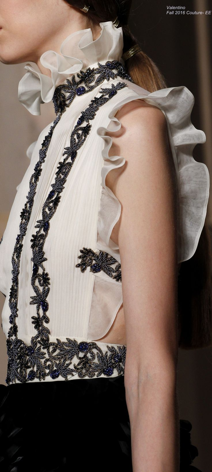 Valentino Fall 2016 Couture- EE