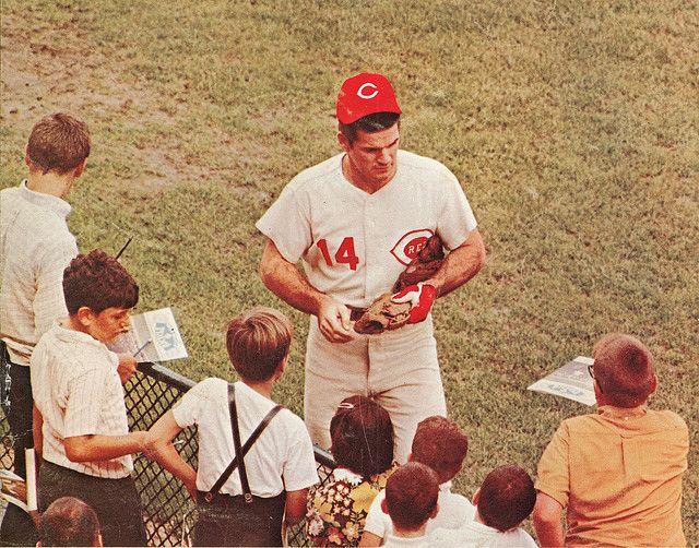 Pete Rose Cincinnati Reds wow....
