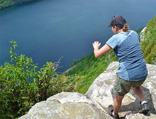 À l'aplomb du lac Willoughby (Vt) Crédit photo M.-C. Pelletier