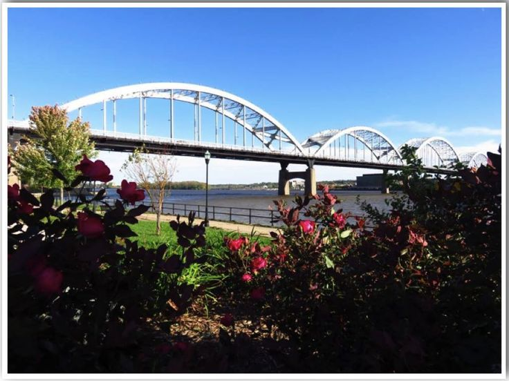Davenport is located in East Iowa right on the Mississippi River. It isone of the 4 Quad Cities (Davenport, Bettendorf, Moline & Rock Island) that cover both Iowa and Illinois! Hereis my tr…