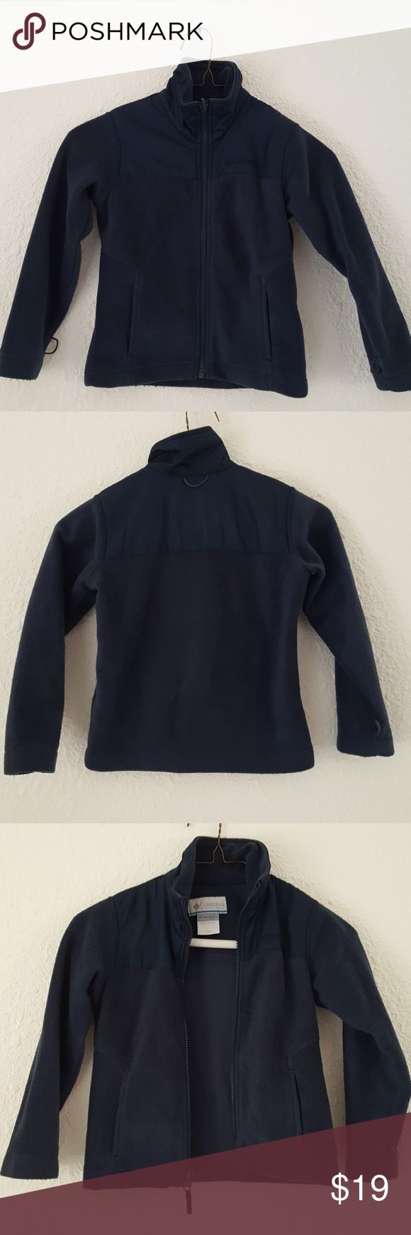 "Columbia Navy Fleece Jacket Kids XXS 4-5 4T 5T Great lightweight fleece ans nylon jacket from Columbia in a kids size XXS 4-5. Works for a boy or girl. This can be used with Columbia interchange jackets as a liner or worn alone. Has loops at wrists and back of neck if you use with top jacket. Name written inside jacket. Chest 30"", length 16"", sleeves 16"". Columbia Jackets & Coats"