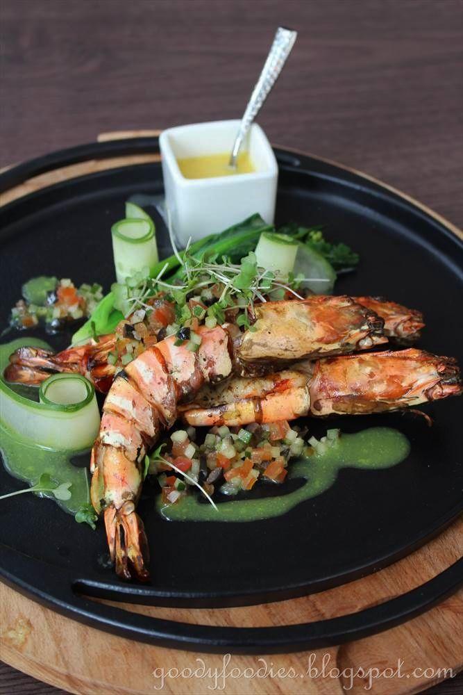 GoodyFoodies: Grilled king prawns @ Gobo Upstairs, Traders Hotel KL