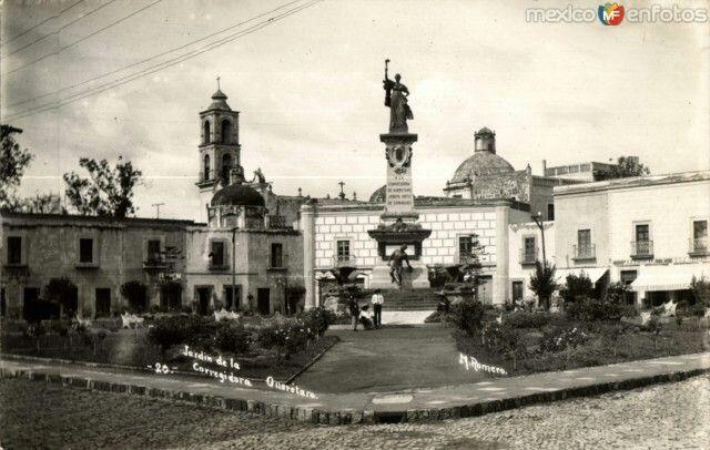 Querétaro antiguo, jardín de la Corregidora.