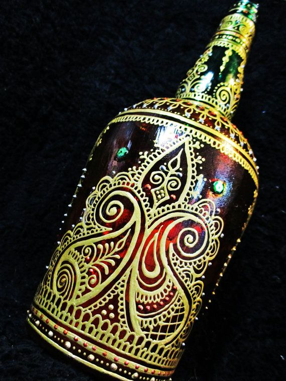 Incense bottle with Moroccan style henna-mehndi by Behennaed