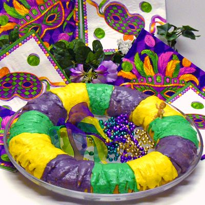 9 Hassle Free Steps to Mardi Gras King Cake Perfection