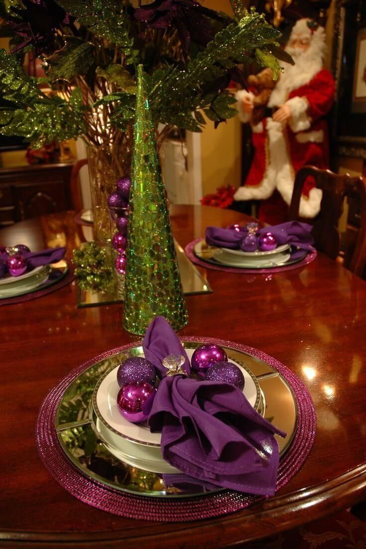 Christmas Table Decorating Ideas From Pinterest In 2020 Classy Christmas Christmas Table Decorations Christmas Dining Table