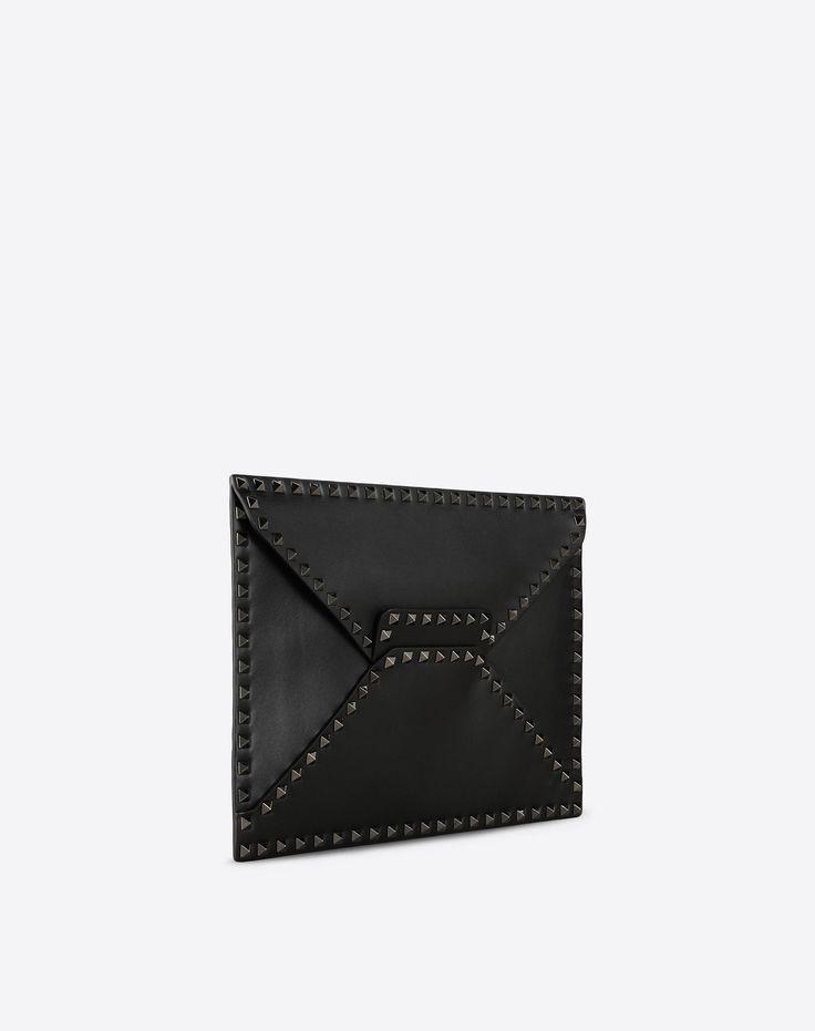 Valentino Garavani Uomo Rockstud Untitled Noir Clutch, Clutches for Men - Valentino Online Boutique