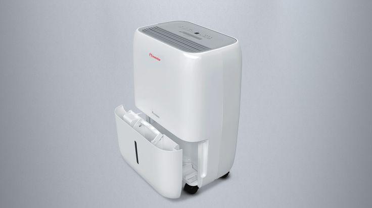 Inventor Premium Luftentfeuchter 20L/Tag. Sorgen Sie mit dem integrierten Ionisator für eine saubere und gesunde Atmosphäre in Ihren Räumen und beseitigen Sie Staub, Bakterien, Tabak und andere unangenehme Gerüche. Trocknen Sie Ihre Wäsche mit dem Wäschetrocknerprogramm, in Jahreszeiten mit hoher Luftfeuchtigkeit und Regen. Mit der intelligenten Entfeuchtung sparen Sie Energie und mit dem Turbo-Modus handeln Sie schnell und effektiv gegen erhöhte Feuchtigkeitsprobleme. Preis 139,99 €