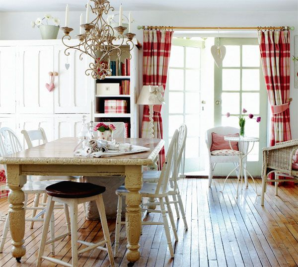 Love The Floor And Curtains Country Cottage Dining Room