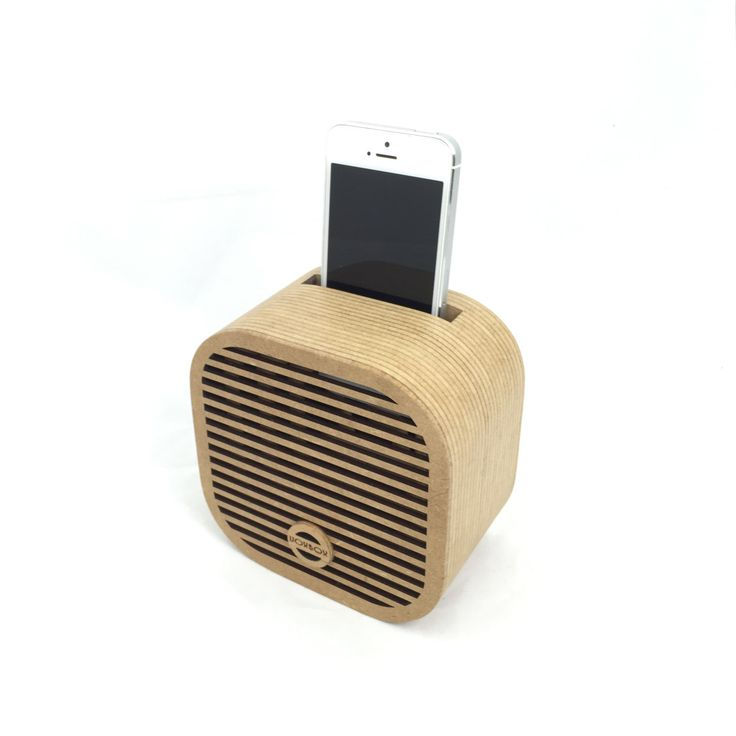 VoxBox - Cube - Diagonal with iPhone. VoxBox amplifier is a non-powered passive smartphone amplifier.