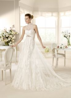 La Sposa Wedding Dresses - Style Mastil  	La Sposa Wedding Dresses, Spring 2013. A division of Pronovias. Tulle with Chantilly lace application gown with silver and white beading. Shown with morbido tulle and Chantilly veil style V-2712, sold separately.  	Sizes: 2-26  	1612110  	Delivery Time : 8-18 Weeks  	FREE VEIL AND FREE SHIPPING!!!