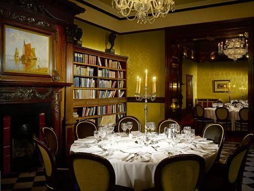 Radisson Blu St Helen's Hotel Photo