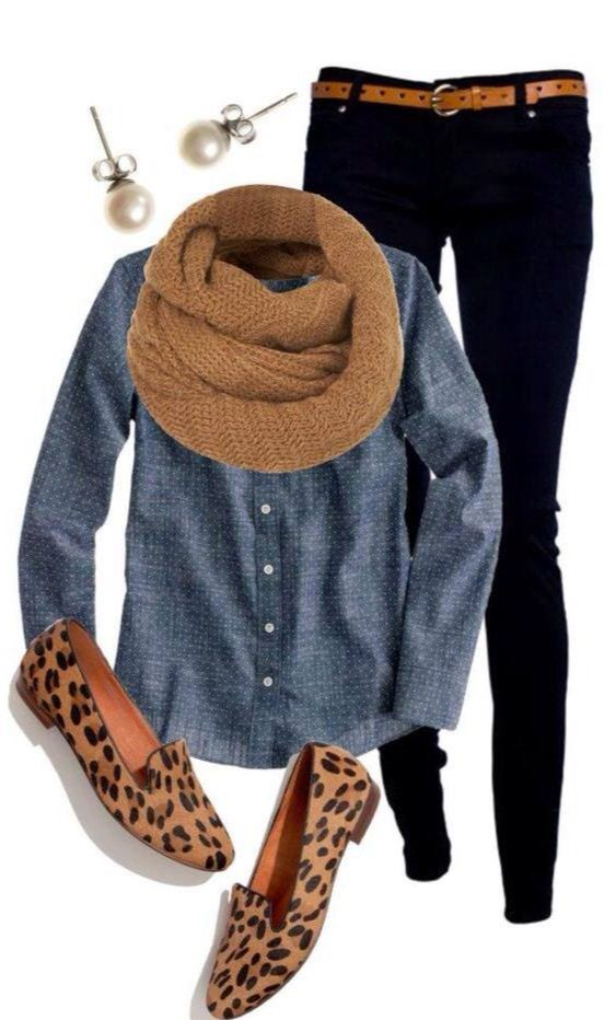 Leopard loafers jazz it up and the classic pearl studs clash perfectly with the denim shirt. Tan is picked up at the 3 major body breaks - neckline, waist and feet