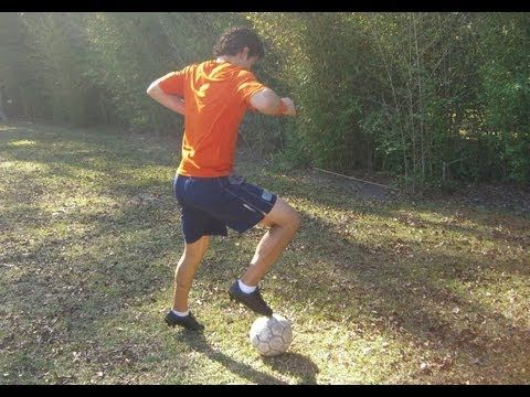 ▶ How to do a Maradona in Soccer - Online Soccer Academy - YouTube