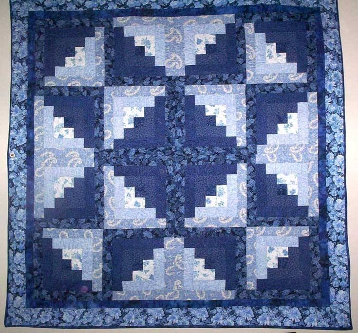 Eleanor Burns log cabin quilt - It's different from the usual ways you see log cabin blocks assembled.