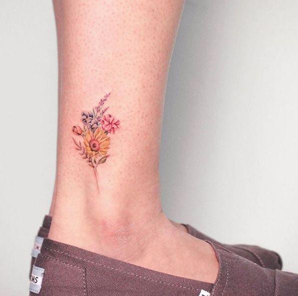 Small Bouquet By Bryan Gutierrez Sunflower Tattoo Small Small Tattoos Flower Bouquet Tattoo