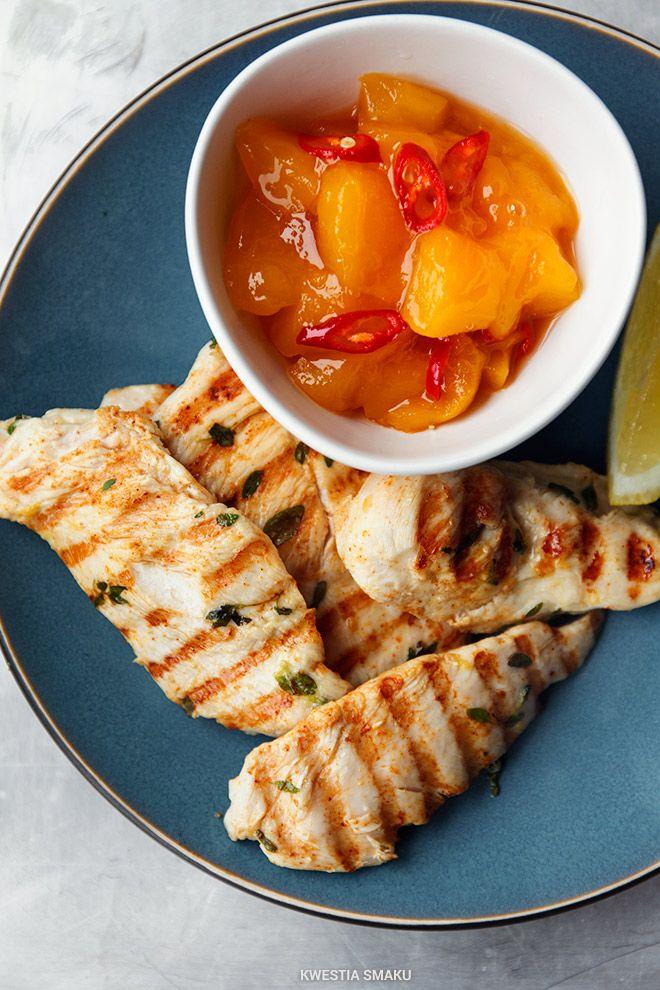 Grillowane filety z kurczaka z mango i chilli