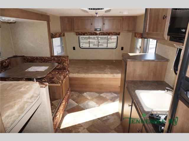 """2016 New Kz Sportsmen Classic 19BHS Travel Trailer in Tennessee TN.Recreational Vehicle, rv, 2016 KZ Sportsmen Classic 19BHS, This KZ Sportsmen Classic 19BHS travel trailer offers a u-shape dinette slide, and a rear bunk house.As you enter the travel trailer, to the left is a closet, TV, sink, two burner gas hot plate, and a refrigerator. The opposite side has a 60"""" x 46"""" u-shape dinette slide which helps to make the trailer more spacious.In the rear you will find a set of bunks on the right…"""