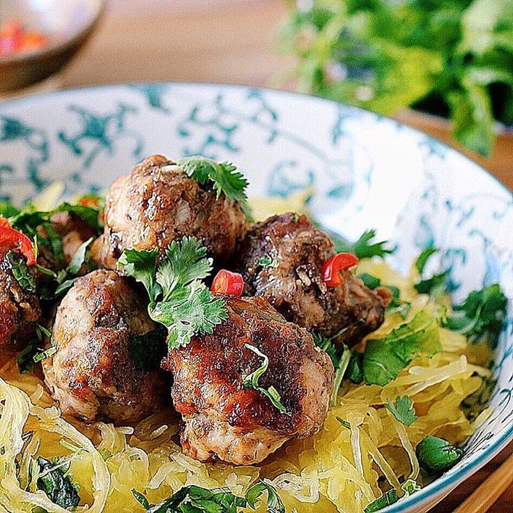 Vietnamese Meatballs With Spaghetti Squash Noodles via @feedfeed on https://thefeedfeed.com/iheartumami.ny/vietnamese-meatballs-with-spaghetti-squash-noodles