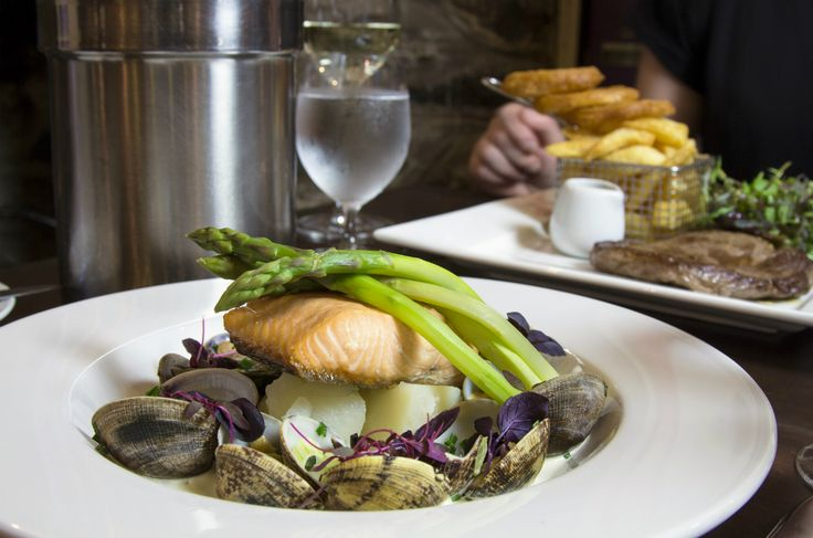 Seafood+Week+recipe:+Fillet+of+Scottish+Salmon+with+Surf+Clams,+Asparagus+and+Sharpes+Express+Potato