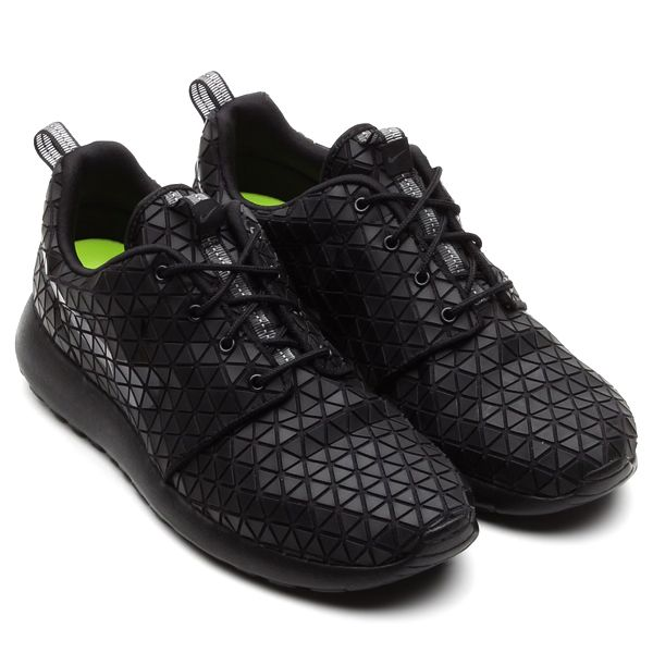 Roshe Run - Geometric A Look Back At 20 Notable Roshe Run Releases | Sole Collector