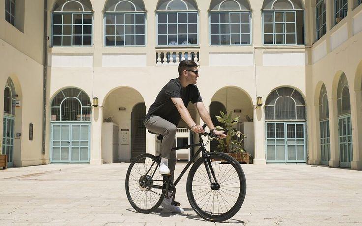 פופה בוסט הם אופניים חשמליים בקטגוריית סינגל ספיד, אידיאליים לתנועה ברחבי העיר. שילוב בין עיצוב קלאסי ויפייפה – לבין טכנולוגיה מודרנית, חכמה ועוצמתית. ביחד, הם יוצרים מכונה מהירה ועל זמנית בעלת ביצועים מדהימים, המאפשרים ניווט קל בסביבה האורבנית.