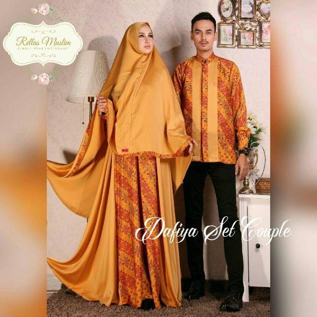 Produsen GAMIS Kwalitas Premium di @rellas_muslim bisa couple keluarga dan custom size. Simple & elegant jahitan terbaik banyak model syarinya.  OPEN AGEN & RESELLER  Cek khusus katalog jilbab @rellasmuslim_hijab .  Hubungi ; Line : @rellasmuslim WA : 081572068072 BBM : 5559576A
