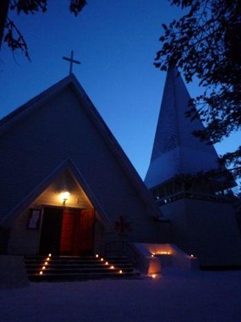 建築ファンなら見に行きたいサーメ教会。フィンランド旅行のおすすめ観光アイデア。