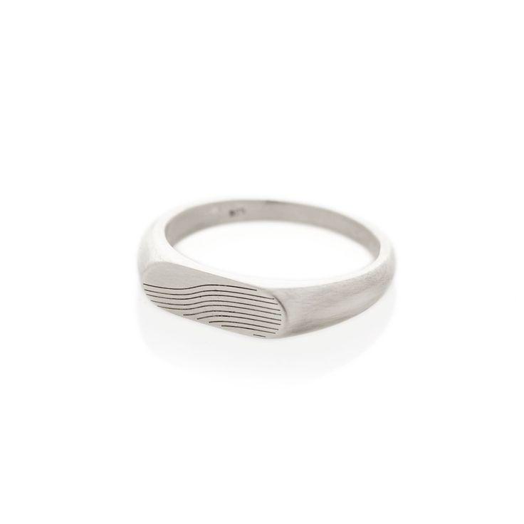 Slope Silver Landscape Signet ring | Dear Rae | Online shop