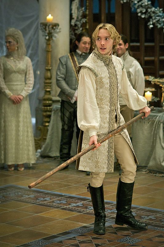 """""""Banished"""" - Don't miss an all new #Reign TONIGHT at 9/8c!"""