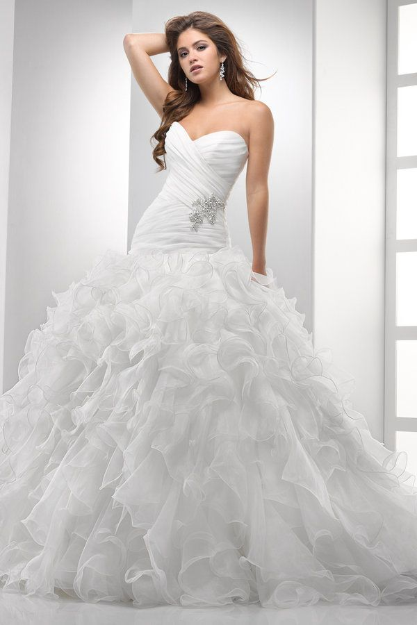 Sottero & Midgley sweethear ballgown wedding dress. I love the bottom of this dress.