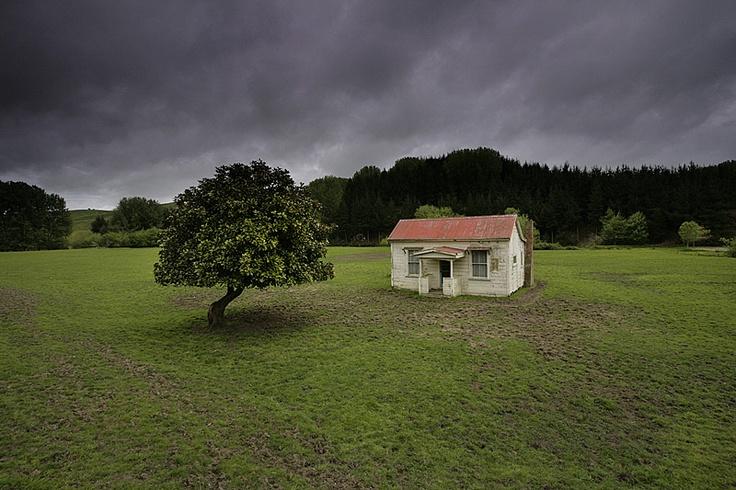 Stills Photo Tours, David Still - New Zealand, Abandoned farm cottage