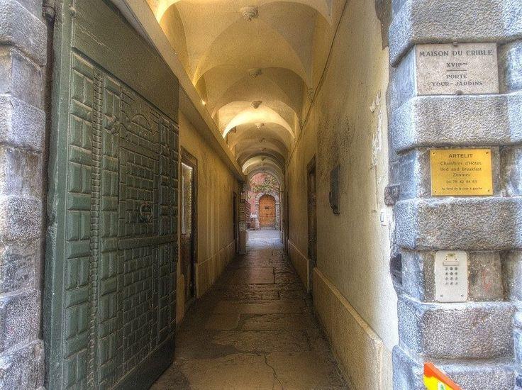 secret passageways in lyon, france