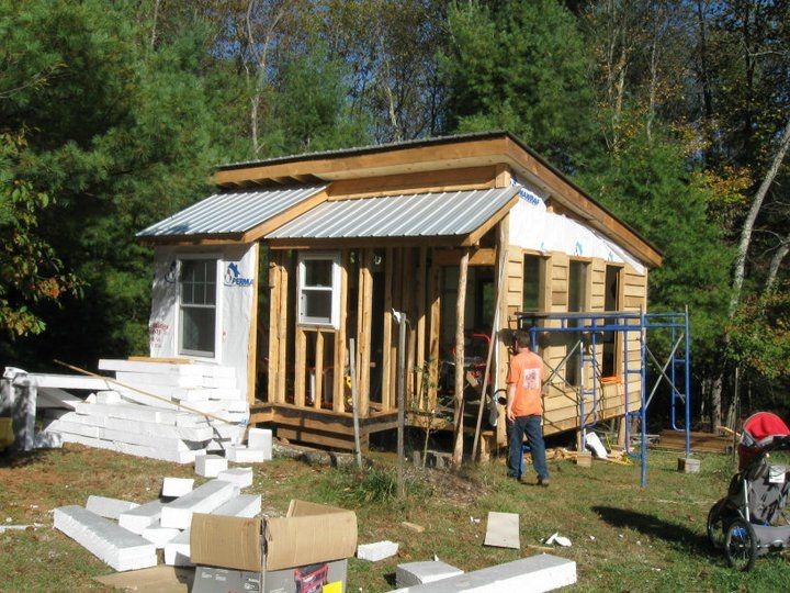 An Off Grid Passive Solar Cabin Design Living Off The
