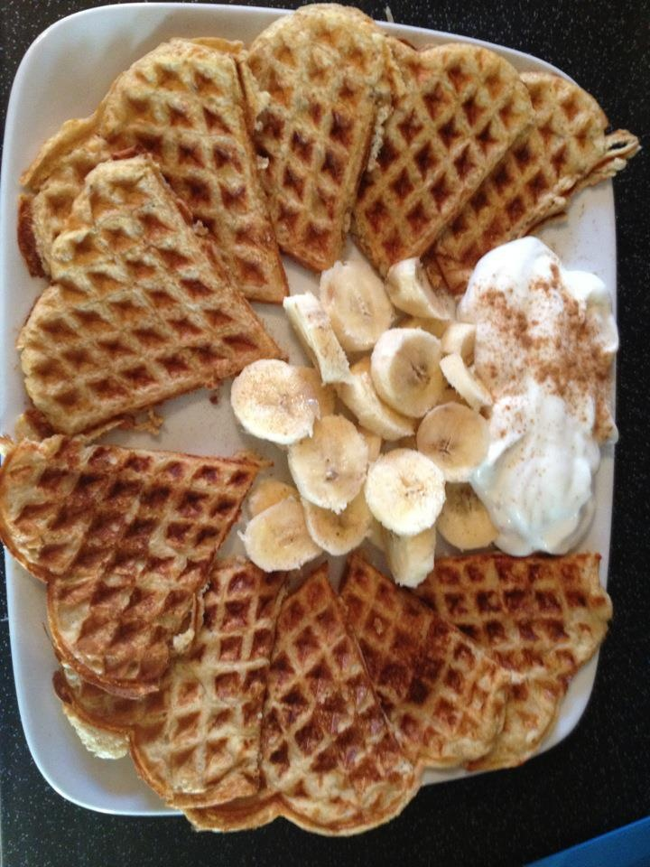 Healthy eating option B porridge oats added to a pot of Muller Light fat free yogurt of choice and leave overnight. Add two eggs, sweetener and cinnamon (optional). Cook in waffle machine for 4 minutes and serve with superfree fruit