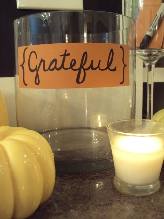 Giving Thanks grateful jar for family -http://www.balancinghome.com