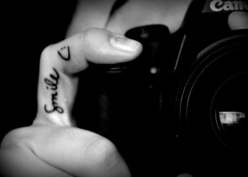 .: Tattoo Ideas, Photographers Tattoo, Awesome Tattoo, Fingers Tattoo, Smile Tattoos, Tattoo'S, New Tattoo, Cute Tattoo, Photographer Tattoo
