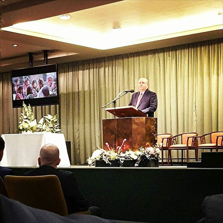 We had the privilege of listening to a nice memorial talk. The English circuit together with our brothers and sisters from Twi and Hindi we were with 1055 in attendance. Love from Belgium! Thanks to Jehovah. - @daanenhilde  #jw_servants