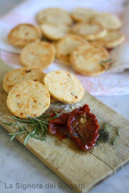 Sablès salati con Pomodorini secchi e Rosmarino