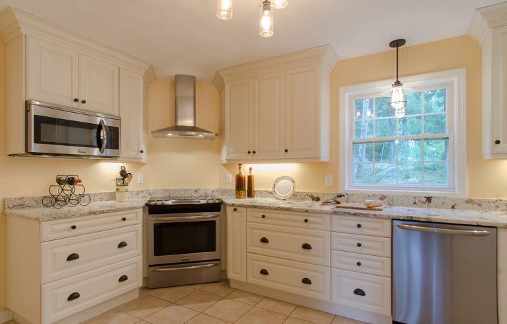 White Cabinet Kitchen Corner Range Stainless Appliances