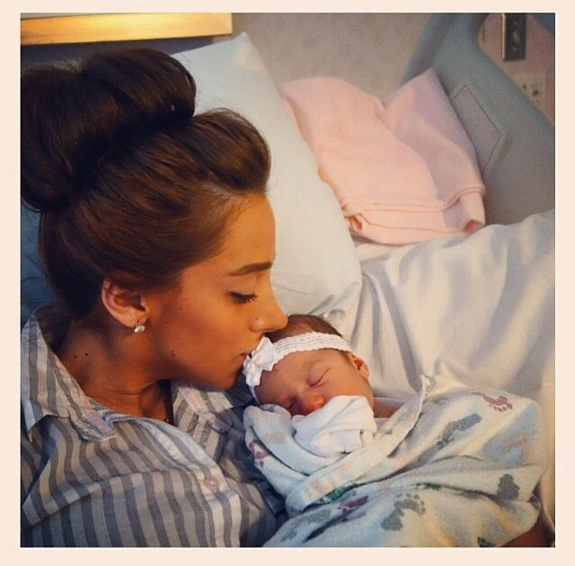 Dannielle Jonas and her daughter Alena Rose Jonas