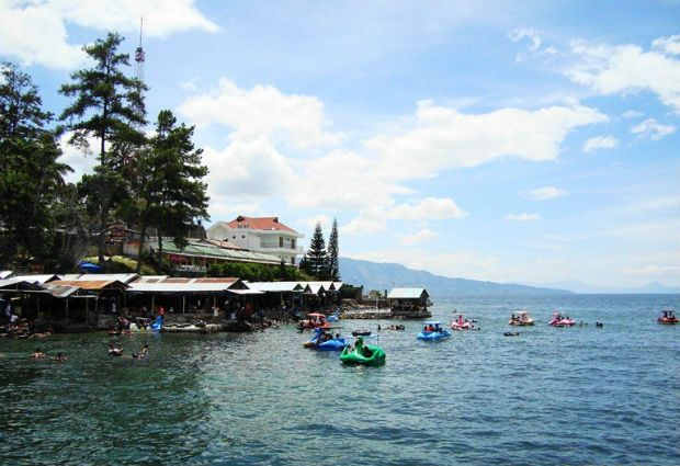 The 100km long Lake Toba is located in Sumatra where you will get the see some ancient statues dedicated to the ancestors of Batak community.