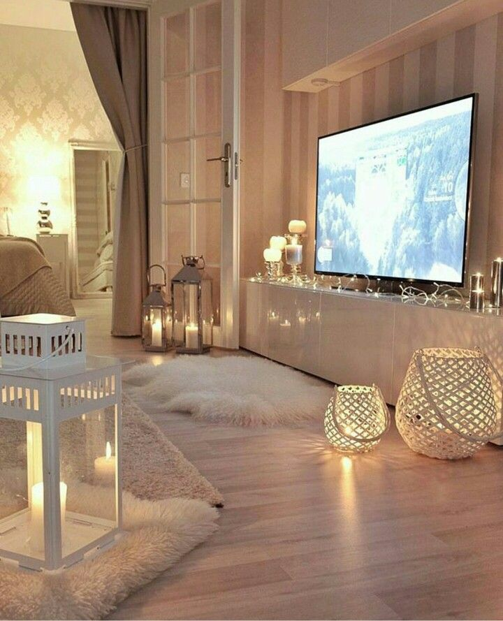 A decoração no estilo hygge é tendência para 2017 e usa tons claros e cores sóbrias, além de elementos aconchegantes em todo o ambiente. https://www.facebook.com/shorthaircutstyles/posts/1762378657385907