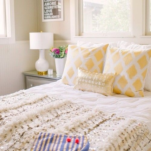 How to style a Moroccan wedding blanket 2 ways #onggtoday