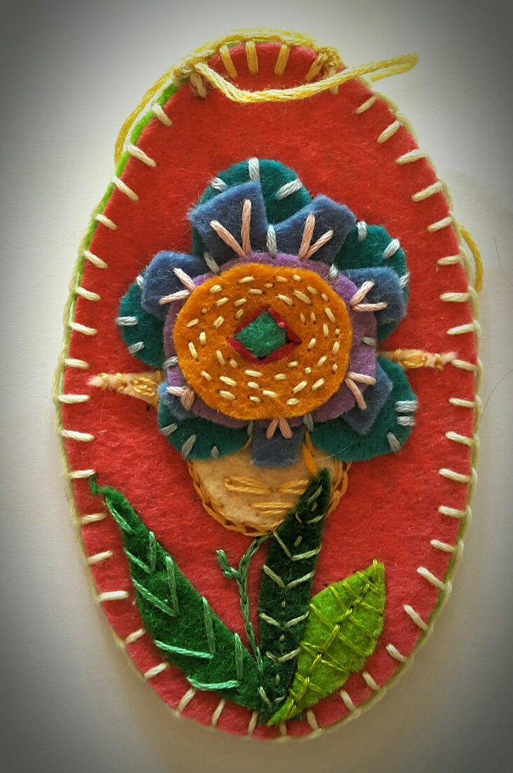 Embroidery on felt - Easter egg
