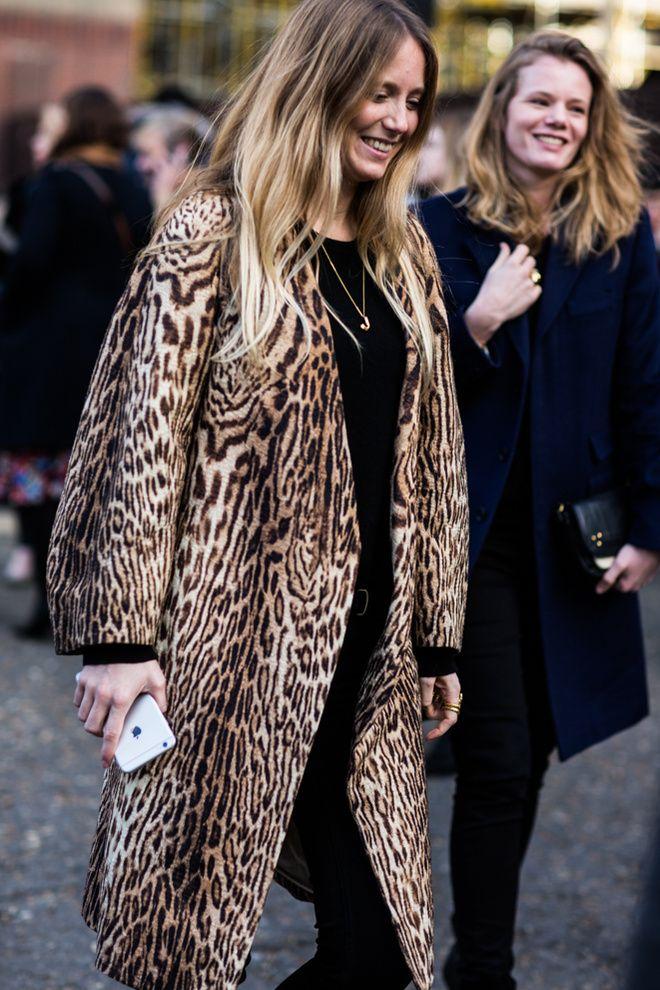 Manteau léopard à la Fashion Week automne-hiver 2016-2017 de Londres
