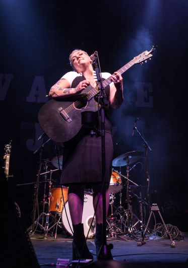 """Elle King performed songs from her debut album 'Love Stuff.' February 27, 2016  """"fire and the flood tour"""" Vance Joy with Elle King featuring Jamie Lawson at Fox Theater"""