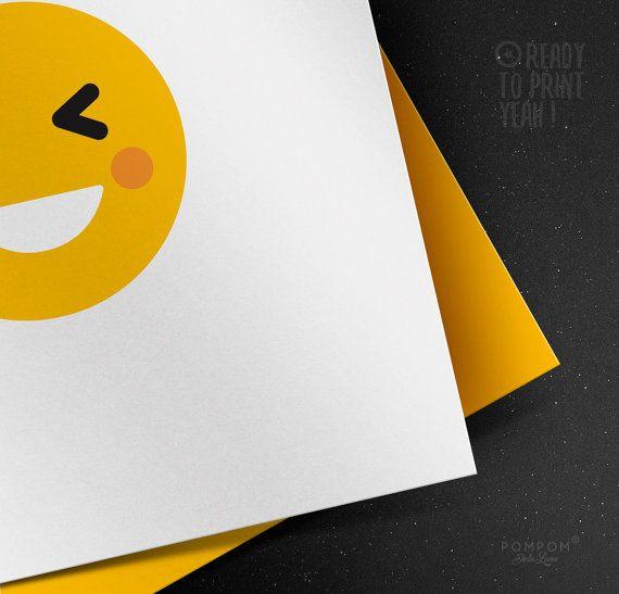 * Carte de voeux Smiley Sourire lol À IMPRIMER Emoticon Emoji carte de voeux imprimable Enveloppe DIY jaune * Carte de voeux carrée deux volets + enveloppe à monter incluse TÉLÉCHARGEMENT NUMÉRIQUE INSTANTANÉ 1 FICHIER ZIP contenant PDF et jpg 300 DPI  À noter : - Les couleurs peuvent varier selon l'écran, le papier utilisé ou l'imprimante - Il sagit dun achat numérique, aucun envoi postal MODE DEMPLOI  - Choisissez votre fichier, et après lachat vous serez mené par email à la page de…