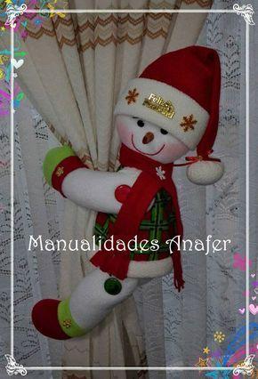 Linda parejita de muñecos de nieve sujeta cortinas. Elaborados con tela de buena calidad y relleno antialérgico. Cosidos a mano.  Medidas:...
