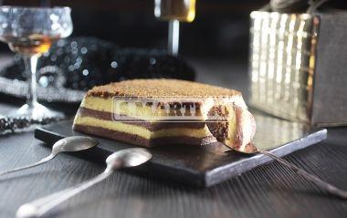 ZUPPA INGLESE A MATTONELLA 1 prepared for Budino Cioccolato (chocolate pudding), 1 prepared for Budino Vaniglia (vanilla pudding), 1 L of milk, 50 g of dark chocolate, 300 g of sponge fingers, cofee as you please. A sweet and soft dessert. #chocolate #vanilla #cake #zuppainglese #dessert #ilovesanmartino